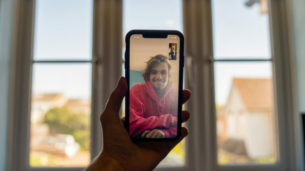 video chat call on smart phone